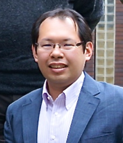 Assistant Prof. Ueda won two presentation awards