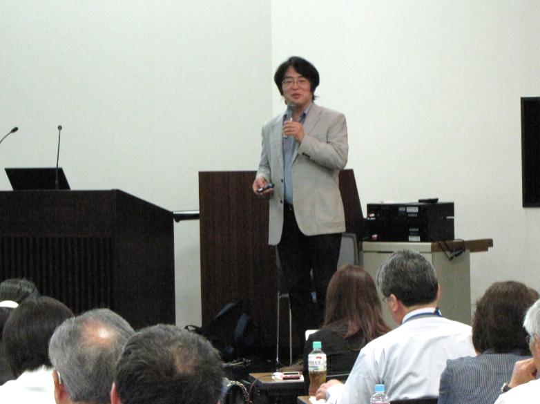 広井教授が市町村アカデミーで人口減少社会に関する講演を行いました