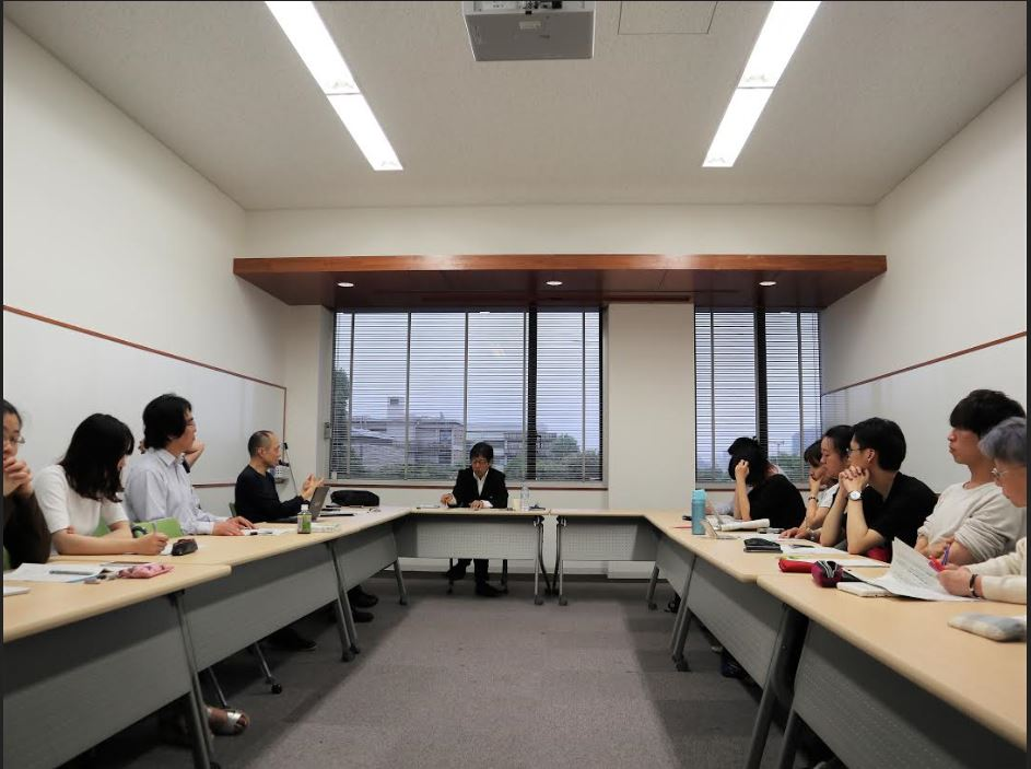 Prof. Ogura Gives a Presentation at the Fourth Kyoto Kokoro Initiative Workshop