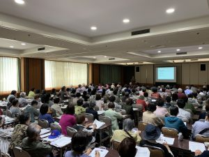 "Prof. Toshio Kawai, Director of the Kokoro Research Center, gave a lecture at the Benesse Community Seminar called ""An introduction to the study of kokoro for elderly people: How to live well in the super-aging society"""