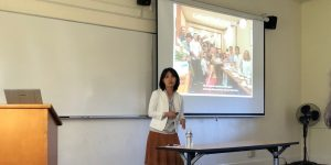 Professor Yukiko Uchida lectured at a social psychology seminar at Stanford University's Department of Psychology
