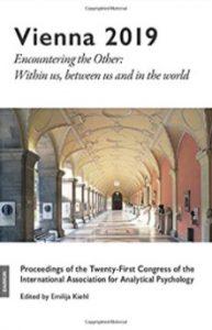 『Vienna 2019』に、河合俊雄教授の講演録が掲載されました